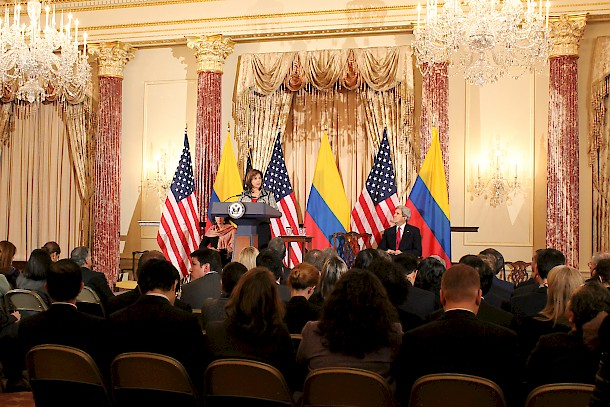 Colombian foreign minister Maria Angela Holguin and U.S. Secretary of State John Kerry at the Fourth Annual U.S.-Colombia High-Level Partnership Dialogue in February 2014. Photo: Ministry of foreign affairs