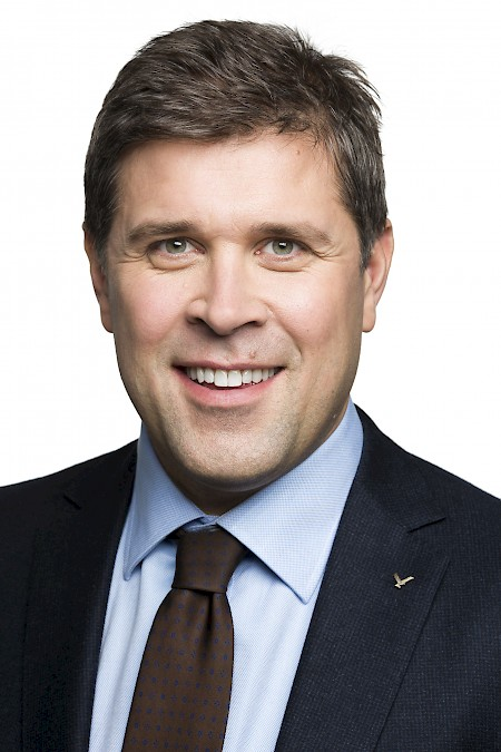 Interview with Bjarni Benediktsson, minister of finance and economic affairs